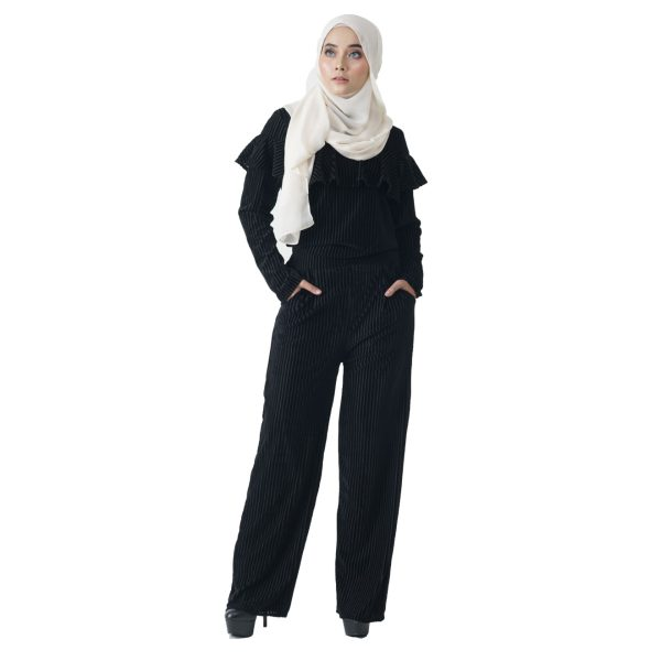 Margaret Set Black Color Front