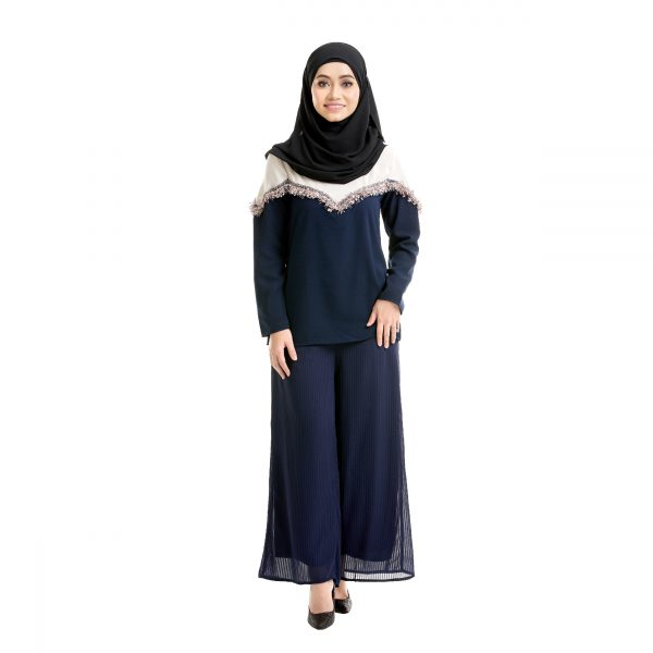 Mila Blouse Dark Blue