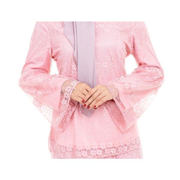 Rindiani Kurung Pink 4